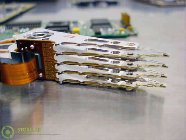 БМГ - блок магнитных головок; ШД - шпиндельный двигатель; ПП - предварительный усилитель; Кзч - коммутатор...
